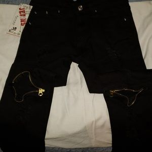 Other - Custom skinny jeans 32 with zipper knees